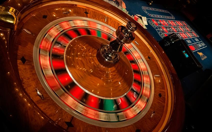 Hotel uthgra sasso casino royal flush odds 3 card poker